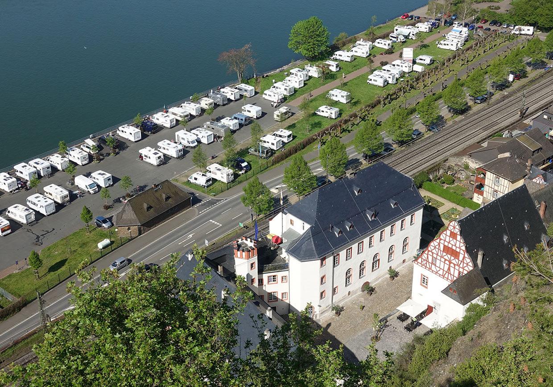 Winzerkeller Schloss Philippsburg | Slider | Von oben